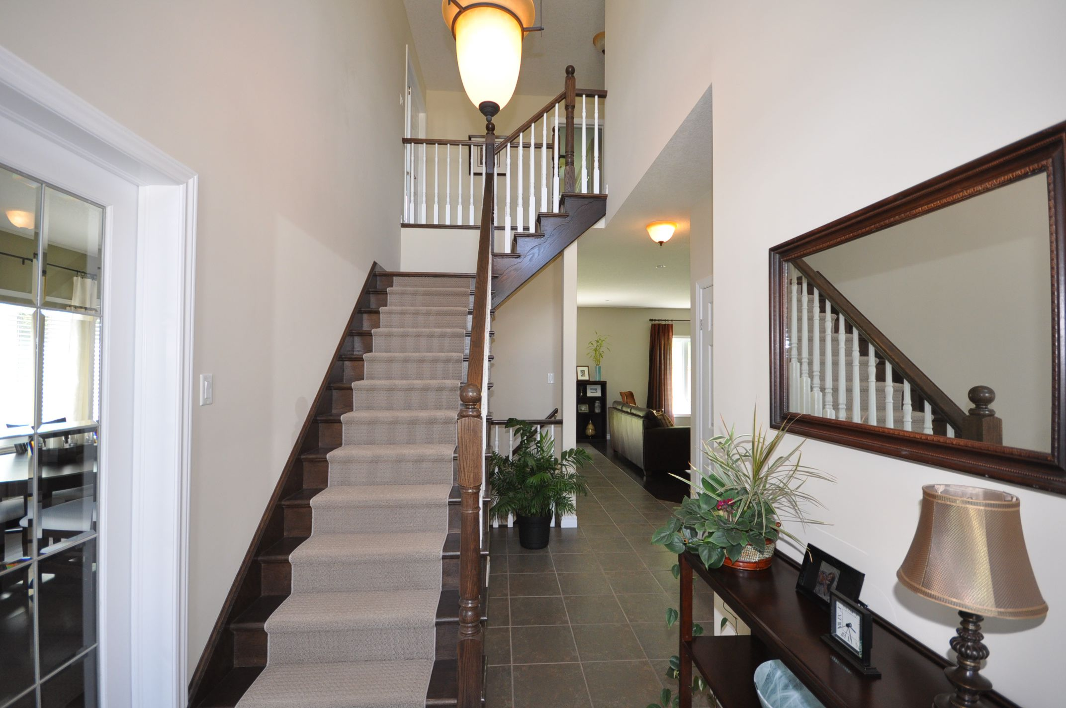Oak staircase to 2nd floor