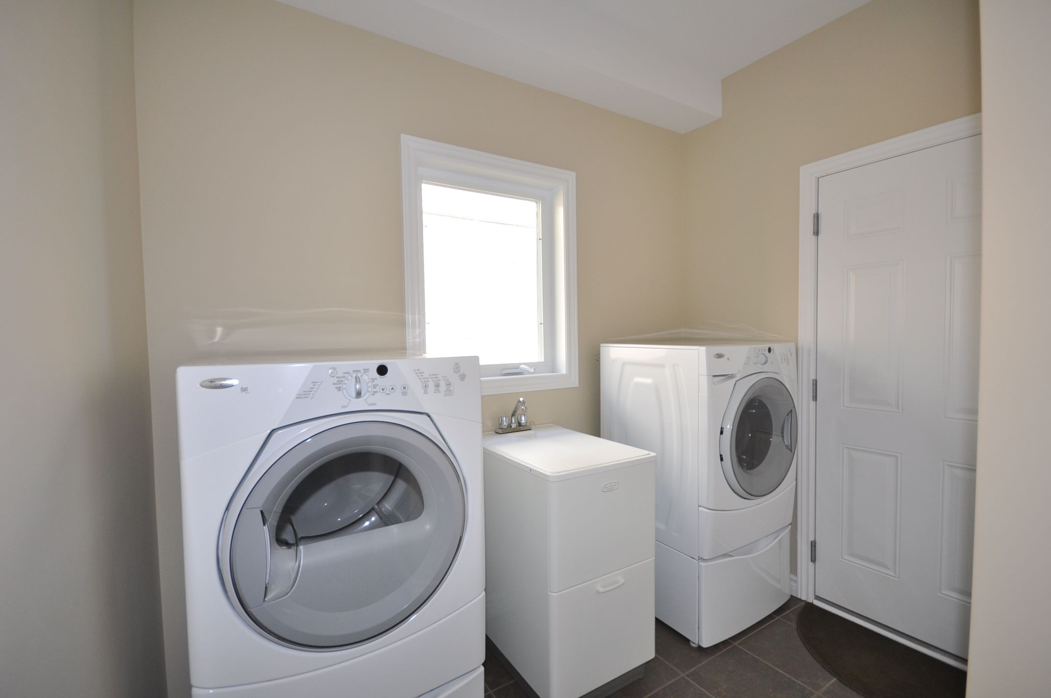 Convenient main floor laundry
