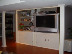 You will love the built in wall unit in the lowere level family area