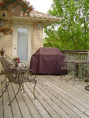 Enjoy your morning coffee & newspaper on your sundeck(Southern Exposure)