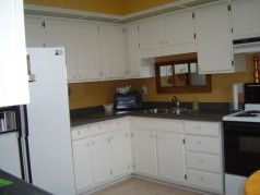 Updated kitchen with ceramic floors