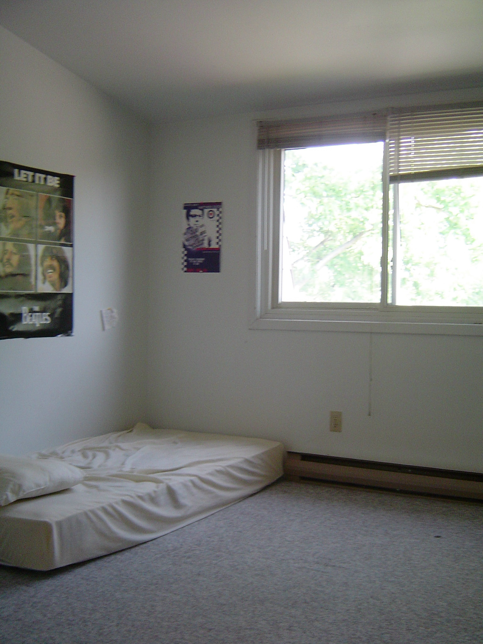 3rd bedroom on 2nd floor